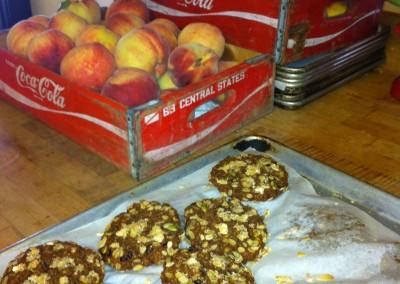 peaches n cookies